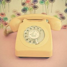 Yellow Phone - Now if I could only find a cake mold for this idea