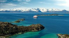 Win a trip with Hurtigruten  Photo by Trym Ivar Bergsmo