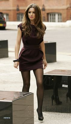 Mode Cheryl Cole fashion style bridal jewelry for the radiant bride Finding the perfect dress you ha Pantyhose Outfits, Tights Outfit, Nylons, Cheryl Cole Hair, Cheryl Ann Tweedy, Cheryl Fernandez Versini, Great Legs, Girl Crushes, Tight Dresses