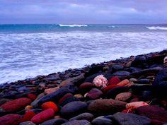 Espiral al  atrdecer sobre los cantos rodados, Playa Altamira, Baja California, México