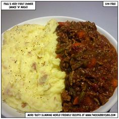 cheap and easy mince and mash is syn-free - bulk it out with speed foods and you've got the perfect Slimming World dinner! Slimming World Free, Slimming World Dinners, Slimming World Recipes Syn Free, Slimming World Minced Beef Recipes, Slimming Word, Easy Mince Recipes, Dinner Recipes, Cooking Recipes, Healthy Recipes
