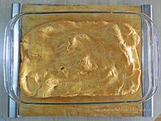 "Bucataria Stefaniei: Tort ""Ecler"" cu mascarpone si vanilie Mai, Deserts, Bread, Mascarpone, Desserts, Postres, Dessert, Bakeries, Breads"