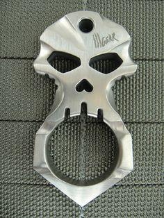 ☆ Urban Operators's Titanium Skull Design Self Defense Tool :¦: Shop: Ill Gear ☆