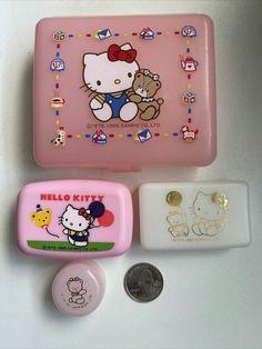 Hello Kitty Lamp, Hello Kitty Gifts, Hello Kitty Makeup, Hello Kitty Christmas, Hello Kitty Purse, Hello Kitty My Melody, Cat Purse, Sanrio Hello Kitty, School Folders