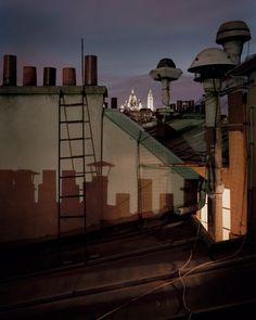 Sur Paris by Alain Cornu Metro Paris, Paris Rooftops, Look Dark, Grand Paris, Photo D Art, Art En Ligne, City Aesthetic, World Cities, Night City