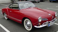 VW Karmann Ghia Coupe - Nothing like hanging your head out of this window! Volkswagen Karmann Ghia, Volkswagen Bus, Roadster, Jaguar Xk, Old Trucks, Car Car, Old Cars, Vintage Cars, Dream Cars
