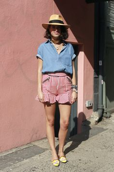 ooh cool shorts Leandra. #LeandraMedine #ManRepeller