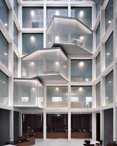 Buchner Bründler . Crédit Suisse renovation . Basel  (1)