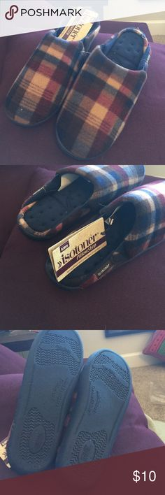 🎄🎄MENS SLIPPERS SPECIAL 🎄🎄 Product Details  Fleece Mule with pillowstep insole and a durable contoured outsole   • Fleece Mule • Pillowstep Technology • Ultra Comfor Foam Layers • Durable Contour Sole  99229   Fabric : 100% Polyester  Care : Machine washable at 30 degrees, do not bleach, dry clean, iron or tumble dry. isotoner Shoes Loafers & Slip-Ons