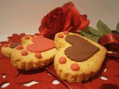 https://www.facebook.com/pages/Fattorie-Migranti/622462807781842  Biscotti di San Valentino prodotti dalle Fattorie migranti