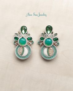 """7 aprecieri, 1 comentarii - Ana Sas (@anasasjewelry) pe Instagram: """"#soutache #earrings #anasasjewelry #statementjewelry #statementearrings #fattoamano #handmade…"""""""