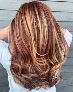Auburn Blonde Hair, Light Auburn Hair Color, Brown Auburn Hair, Red Hair With Blonde Highlights, Brown Blonde Hair, Light Brown Hair, Auburn Hair Colors, Auburn Hair Blonde Highlights, Peekaboo Highlights