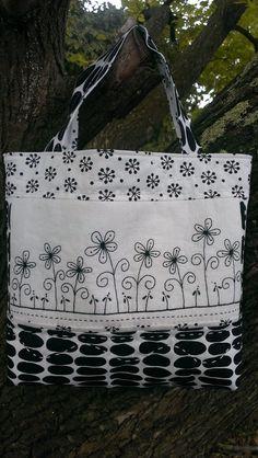 Gail Pan Bag - Black & White