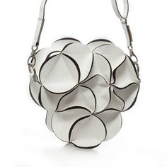 The unique design of the white Blossom bag