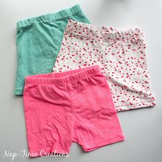 Get ready for dresses and summer with this summer shortie leggings free pattern. Under shorts that allow active girls to wear dresses and still have fun.