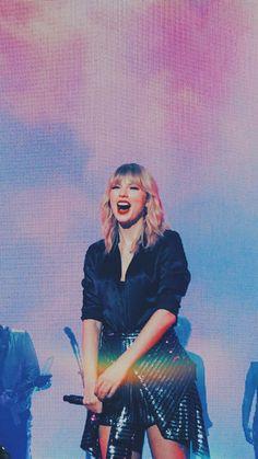 Taylor Swift Videos, Taylor Swift Fan, Swift 3, Taylor Swift Pictures, Taylor Alison Swift, Miss Americana, Taylor Swift Wallpaper, Music Pics, Red Taylor