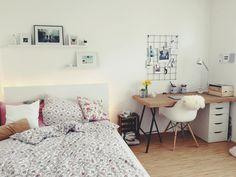 Voll möbliertes 15qm Zimmer in Münsters Hafenviertel - Möblierte WG Münster-Hafen - Mit Fotowand, Schreibtischplatte aus Kork und Obstkiste als Nachttisch. #WGMünster #Fotowand #Obstkiste
