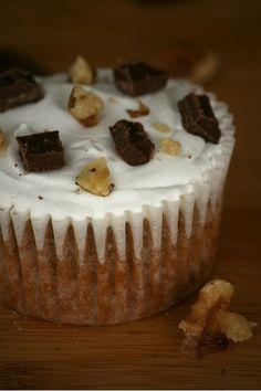 S'more-ish Cupcakes |  #cupcakes #S'more-ish
