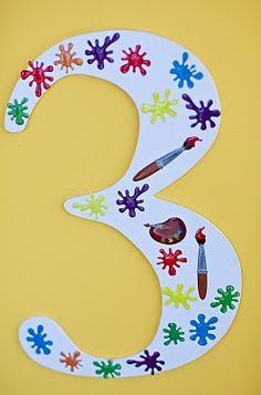 Maddycakes Muse: Madison's Art Party - wooden number 3 from dollar store and decorated with crayola stickers. Birthday Painting, Artist Birthday, Art Party Cakes, Art Themed Party, 6th Birthday Parties, 3rd Birthday, Birthday Ideas, Rainbow Art, Paint Party