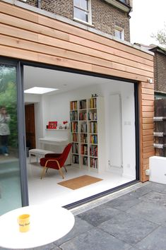 Green Tea Architects - Single Storey Rear Extension - Brockley, London - Like the big single sliding door House Extension Design, Flat Roof Extension, Door Design, Glass Extension, Cedar Cladding, Exterior Cladding, Wood Cladding, Wooden House, House Exterior