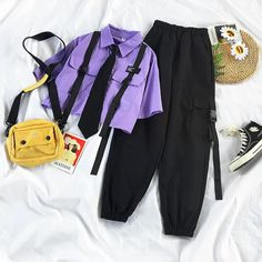 Retro Outfits, Cute Casual Outfits, Fashion Pants, Fashion Outfits, Loose Shorts, Ankle Length Pants, Two Piece Outfit, Alternative Outfits, Aesthetic Clothes