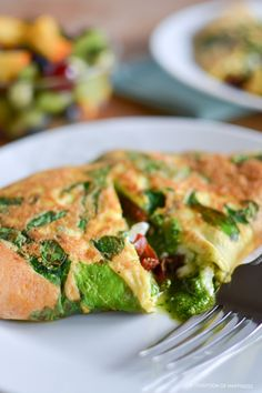 Spinach, Sun Dried Tomato, and Feta Omelets with Pesto | A Teaspoon of Happiness