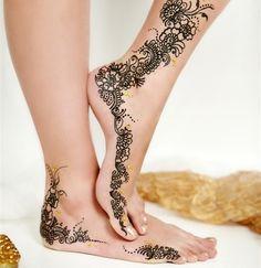 wedding henna feet  Love love love love love!
