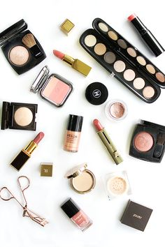 VALENTINE'S DAY BEAUTY EDIT. #makeup #flatlay #beautyflatlay #makeupflatlay