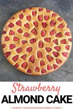 Gluten Free Strawberry Almond Cake: a super easy gluten free dessert recipe! Easy Gluten Free Desserts, Healthy Dessert Recipes, Cake Recipes, Healthy Snacks, Milk Recipes, Muffin Recipes, Yummy Recipes, Delicious Desserts, Winter Desserts