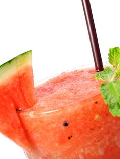 Behold: 27 New Tequila Cocktails That'll Make Your Summer a Hell of a Lot More Interesting Watermelon Margarita - tequila, triple sec, Midori, sour mix, & watermelon Cocktails, Tequila Drinks, Cocktail Recipes, Drink Recipes, Alcoholic Beverages, Watermelon Margarita, Margarita Cocktail, Margarita Tequila, Tequila Sunrise