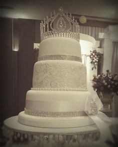 mario lopez wedding cake buddy cake buddy valastro s gorgeous wedding cake for mario 17152