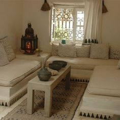 Coffre kabyle ancien assendouk deco pinterest articles for Decoration kabyle