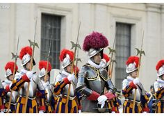 Pope Francis attends Swiss Guard flag ceremony | Vatican Radio