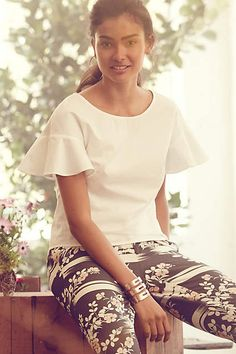 Anthropologie EU Fluttered Poplin Top. The Maeve brand is both feminine and playful, a representation of beauty and strength at once. Case in point: this gracefully fluttered, oh-so versatile top. Pair it with everything from boldy printed pencil skirts to monochrome trousers and classic denim.