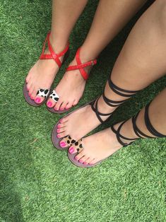 Pink Toe Nails, Pink Toes, Beautiful Toes, Pretty Toes, Beautiful Things, Gold High Heel Sandals, Heels, Feet Show, Teen Feet