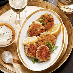 Greek Cod Cakes by Cooking Light Fun Cooking, Cooking Light, Healthy Cooking, Healthy Eating, Cooking Recipes, Healthy Recipes, Thm Recipes, Cooking Ideas, Greek Recipes