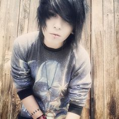 Find images and videos about via thelonegayger on We Heart It - the app to get lost in what you love. Cute Emo Guys, Hot Emo Boys, Emo Love, Cute Boys, Hot Guys, Emo Boy Hair, Emo Scene Hair, Emo People, Scene Guys