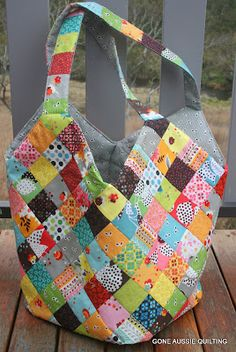 Mondo Bag - i think this is similar to a bag i saw with really large squares - replace each 4x4 patch with a single square.
