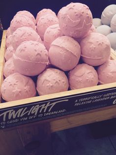 Lush twilight bath bomb