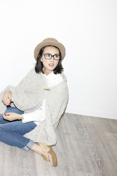 glasses, style, hat, rolled, cuffed, jeans style, sweater, pinned, knit, grey, simple, chic, casual, slipper style, moccasin, red nailpolish repin: usuda asami.