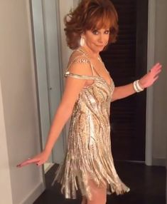 Country Female Singers, Country Artists, Country Girls, Country Music, Nail Pictures, Reba Mcentire, Queen Pictures, Christmas Swags, Music People