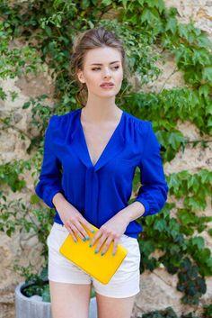 Camasa casual albastra Magnum: Camasile dau tinutei o nota de eleganta si pot fi purtate atât la serviciu, cât și în zilele obișnuite. Blazer, Casual, Instagram Posts, Jackets, Women, Style, Fashion, Down Jackets, Swag