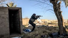 (AFP) – US-backed forces said Sunday time was up for Islamic State group jihadists hunkering down in their eastern Syrian holdout and resumed their assault on the pocket.The extremists once ruled over millions in a swathe of Syria and Iraq, but they. Sunday Times Newspaper, The Sunday Times, Military Operations, People Leave, How Many People, Us Presidents, East London, Troops, Statues