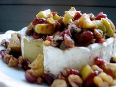 Brie with Apples, Cranberries & Walnuts