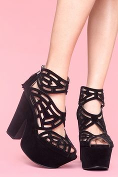 LOVE and NEED these!!!! Adorable!!!! Gallista Platforms in Black from nastygal.com