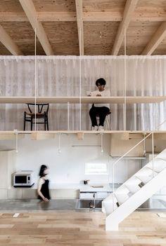 五十嵐淳建築設計事務所による、北海道・苫小牧の住宅「屋根と矩形」