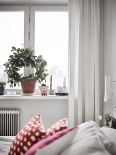 Post: Distribución diáfana en L ---> blog decoración nórdica, cocina abierta nórdica, decoración comedores nórdicos, decoración en blanco, distribución diáfana, estilo nórdico moderno, suelo de madera fresno, suelo espiga