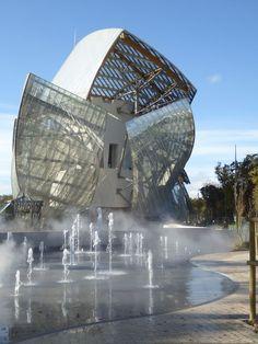 Foundation Louis Vuitton Museum by architect Frank Gehry - handbag, vintage, black, red, ralph lauren, crossbody purses *ad