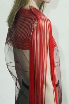 "mode-haute-couture: ""Kostas Murkundis - F/W collection 2014 - 2015 "" Fashion Art, High Fashion, Fashion Show, Fashion Design, Fashion Trends, Fringe Fashion, Red Fashion, Style Fashion, Mode 3d"