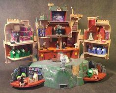 2001 Harry Potter Hogwarts Castle Polly Pocket works Snape Ron Hermoine Troll ++